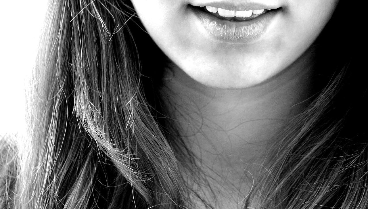 歯のインプラントに注意!インプラント周囲炎が増えています!