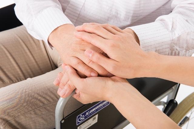 介護人材不足、潜在的な労働力は635万人もいる(ニュースを考える)