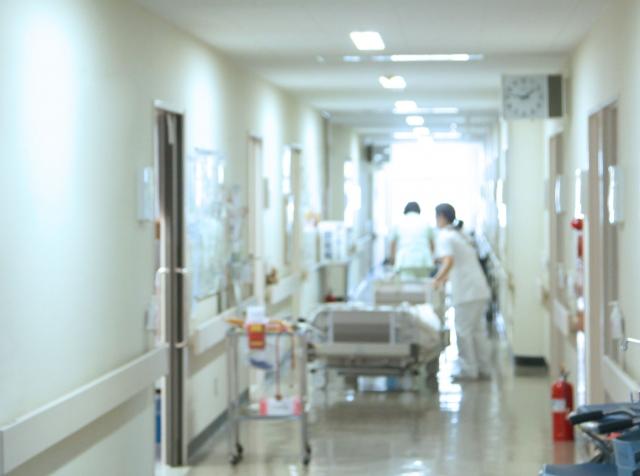 入院がきっかけで認知症に?入院には入院関連機能障害のリスクがある