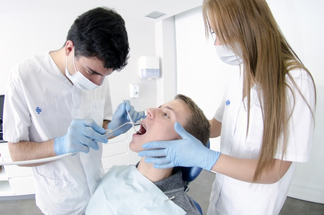 歯周病と認知症(アルツハイマー病)の関係性が解明される