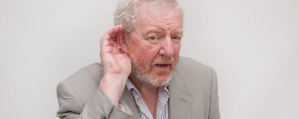 骨伝導は老人性難聴を解決するか?岩手銀行のケース