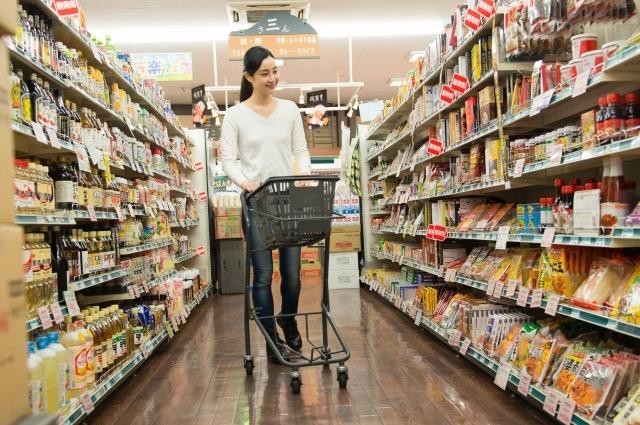 大型スーパーも高齢者に合わせて変化していく(買い物の意味を再確認する)