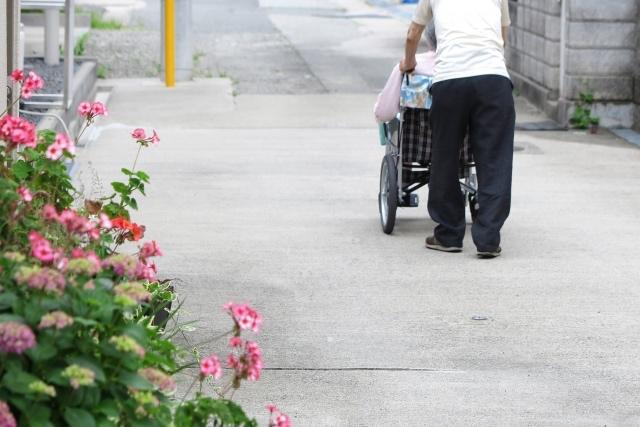 介護職の待遇、もう限界。これが国の選択なら、仕方がない。
