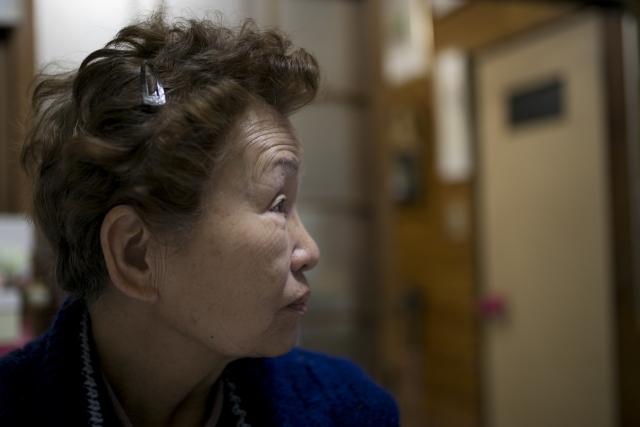 経済的な虐待からの避難として、老人ホームに入所する高齢者が増えている?