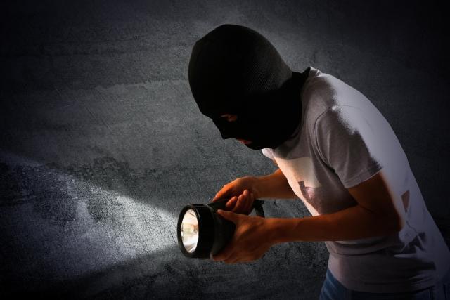 【注意喚起】怪しい電話がかかってきたら、押し入りの強盗事件も警戒してください