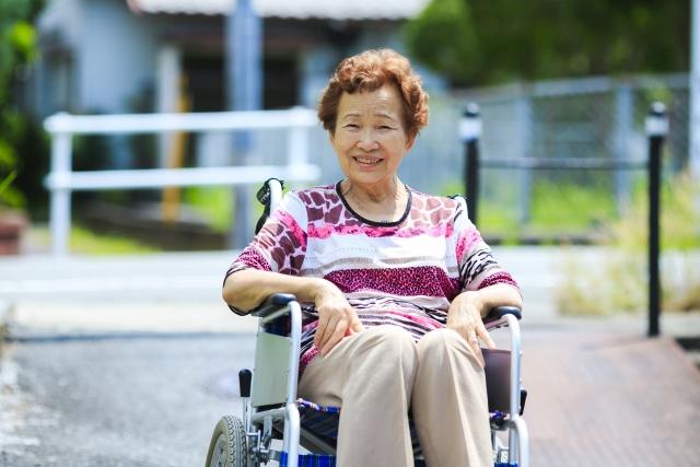 介護施設(老人ホームなど)は急いで探さないこと