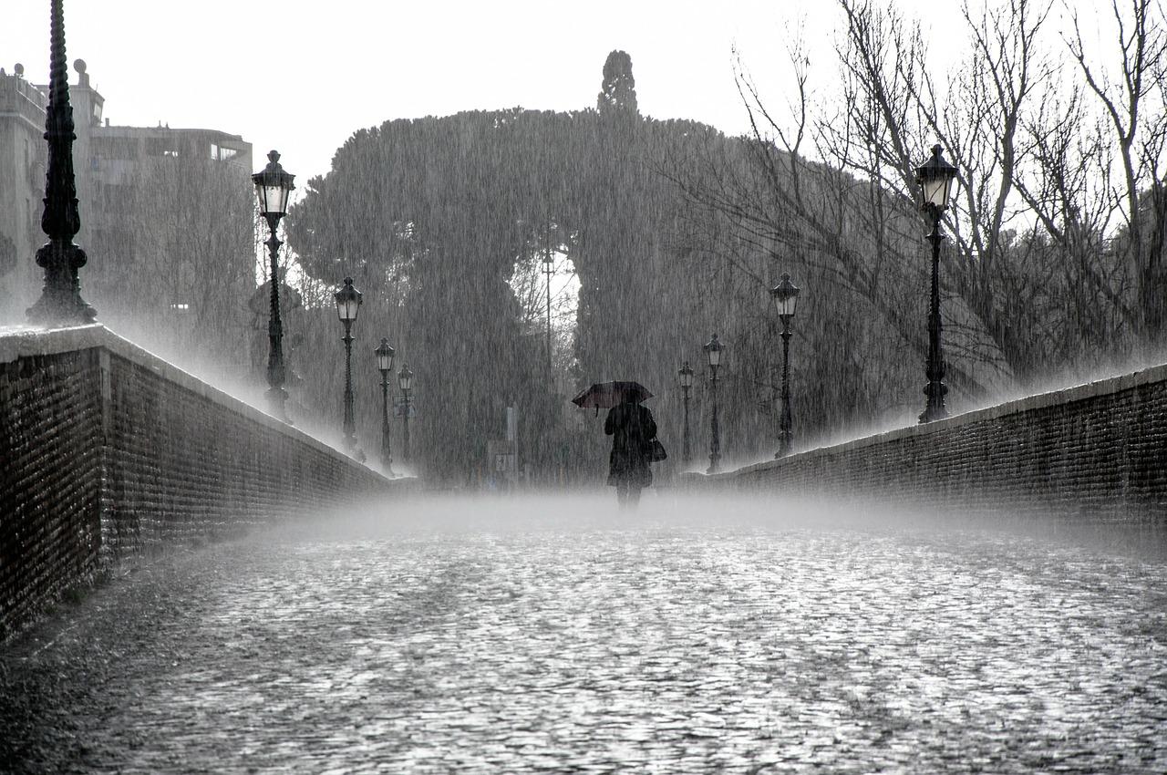 介護離職の「大雨」