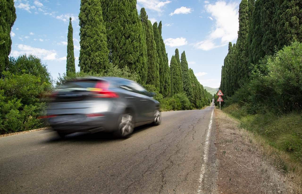 自動運転技術とベーシックインカムはセットで発展させるべきだ