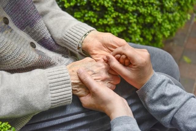 現在の介護保険、利用者の総数は○○○万人