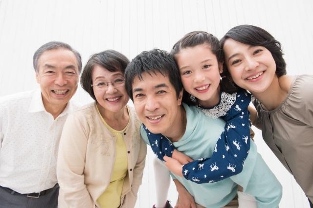 育児と介護に理解を示す「ファミボス」の時代へ(鳥取県によるイニシアチブ)