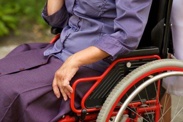 車椅子での飲酒はダメなのか?大きな議論になってきている